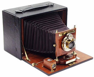 Rob Niederman Focuses on Antique Wood Cameras