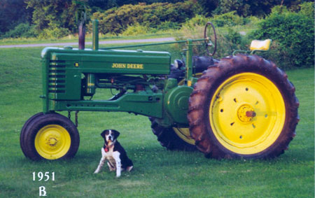 1951 John Deere B - belongs to Ron Komar of Elba, New York