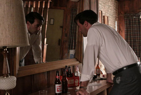Don Draper (Jon Hamm) in Episode 7.