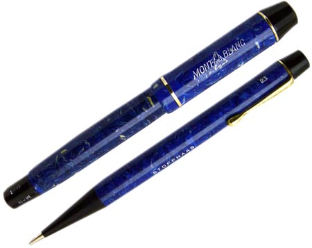 In the 1930s, pens and pencils were sold in sets. This No. 322 push-knob pen in azurite blue is paired with its matching pencil, the No. 23.