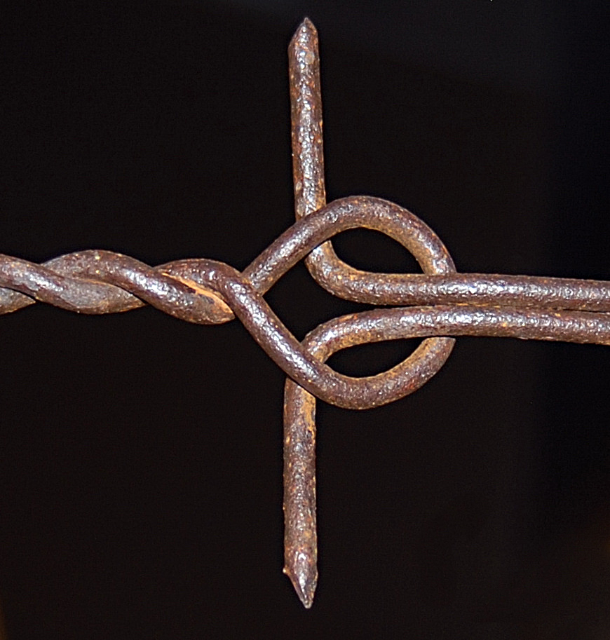 This Hunt's Link variation was patented in 1877 by George G. Hunt of Bristol, Ill. Each link is 6.5 inches long. Photo by railman.