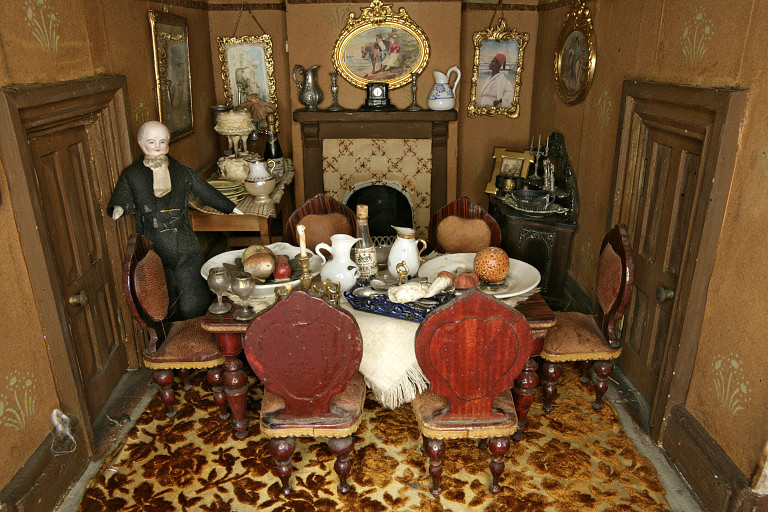 A closeup of the dining room from Amy Miles' House, shown in full above. From the Victoria and Albert Museum collections.