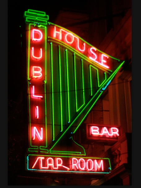 The Dublin House Irish Pub in the Upper West Side is famous for its giant harp and animated lettering. Photo by Hively.