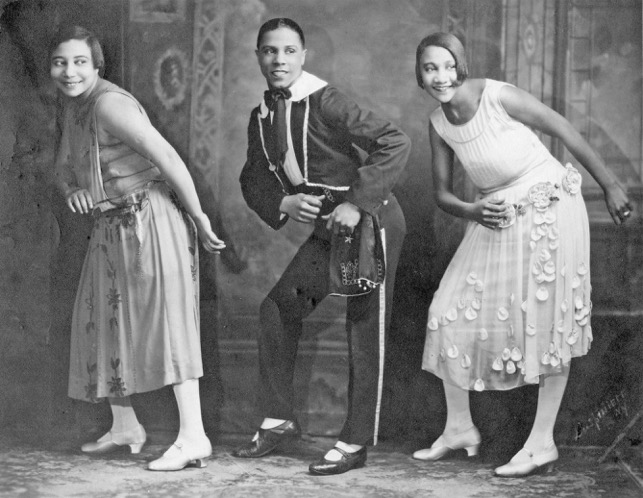 Alberta Hunter, far right, performs vaudeville. (Courtesy of Chris Albertson)
