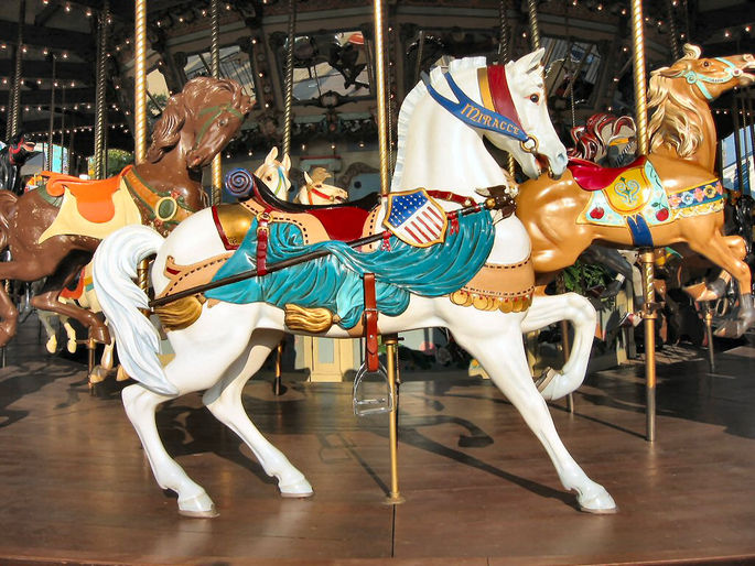 Patriotic carousel horses—like Miracle at the 1923 Dentzel carousel at Fair Park in Dallas, Texas—were particularly popular after World War I. (© Chris K Benson, via carousels.org)