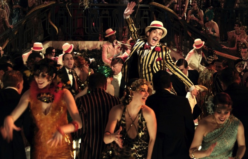 "In Baz Luhrmann's ""Great Gatsby"" party scenes, even the extras are dolled up in curve-hugging looks. (Courtesy of Warner Bros.)"
