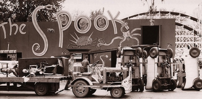 Workers install The Spook dark ride at a park called Coney Island in Cincinnati, Ohio, in 1960 for the 1961 season. (Via CincinnatiViews.net)