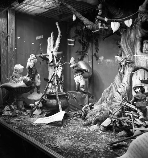 Christmas Display Window at Simpsons Department Store at the SW corner of Dundas & Richmond london ontario c1950s