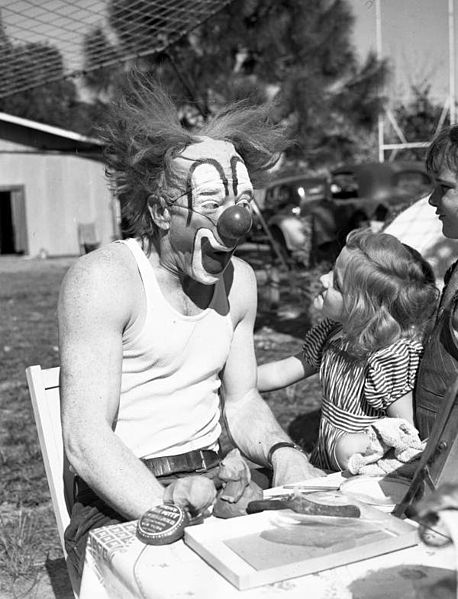 Ringling Circus clown Lou Jacobs with Carla Wallenda, the daughter of tightrope walkers, in Sarasota, Florida, in 1941. (From the State Library and Archives of Florida)