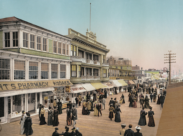 The Atlantic City boardwalk, shortly after its construction in 1898.
