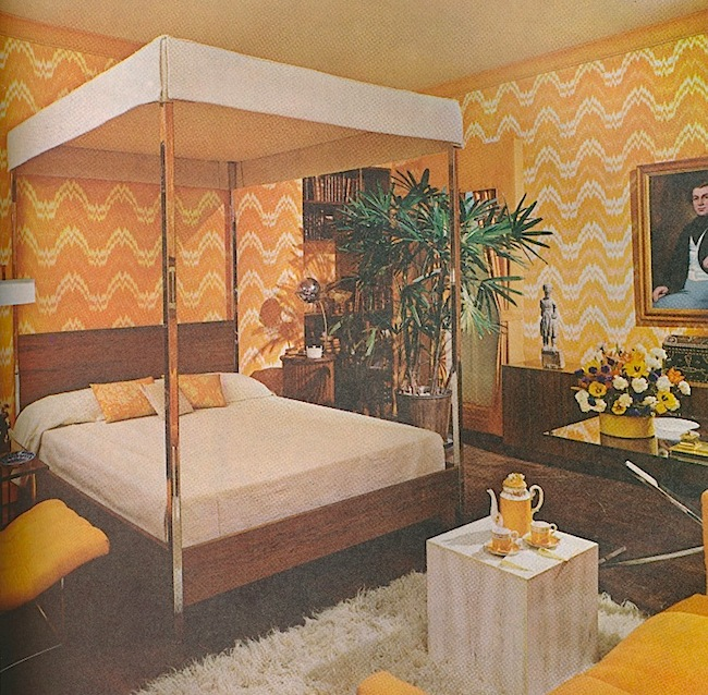 "A Bloomingdale's model room by Barbara D'Arcy featuring ""flame stitch"" wallpaper. (Via ThePeakofChic.blogspot.com, from ""House & Garden's Complete Guide to Interior Decoration"")"