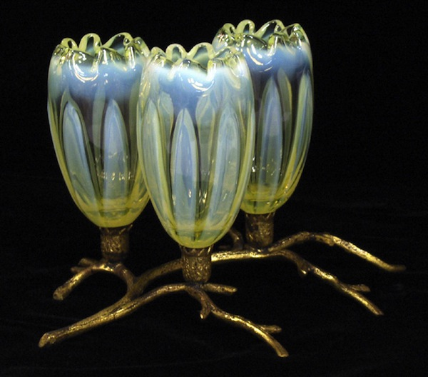 "Water lilies by John Walsh Walsh of Birmingham, England, circa 1903. Courtesy Bob Harry/Robert Leal; photo via Dave Peterson at <a href=""http://www.vaselineglass.org/"">VaselineGlass.org</a>"