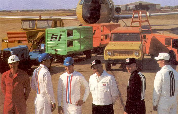 In the 1960s, Emilio Pucci designed uniforms for the Braniff ramp crews, but these white jumpsuits only survived one month of dirty work. (Via BraniffPages.com)