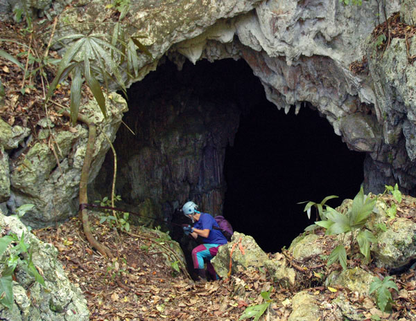 cave-in-Belize-MTC-007-edit
