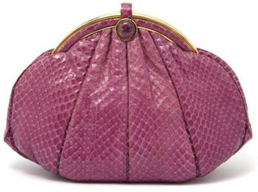 Abigail Rutherford on the History of Vintage Handbags and the Rise of  Women s Rights 874dd82f2830e